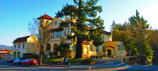 Larkspur City Hall